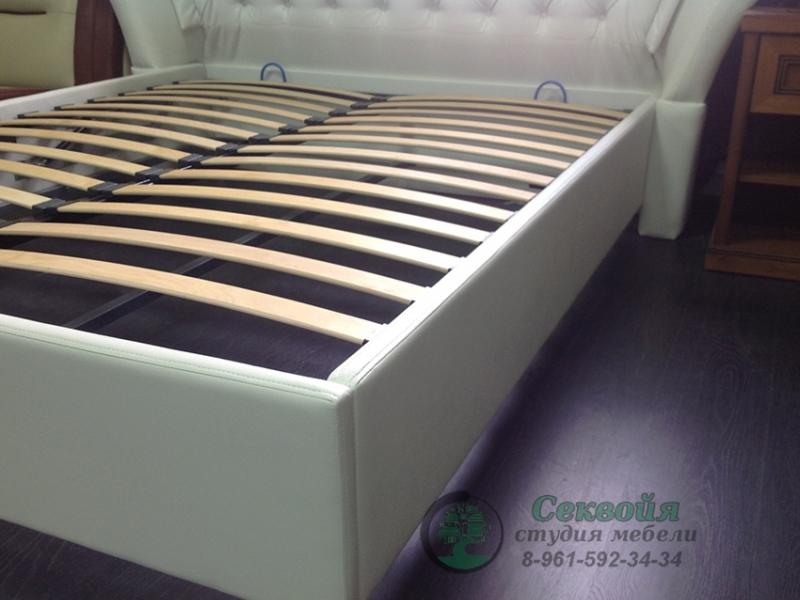 Кровать 007